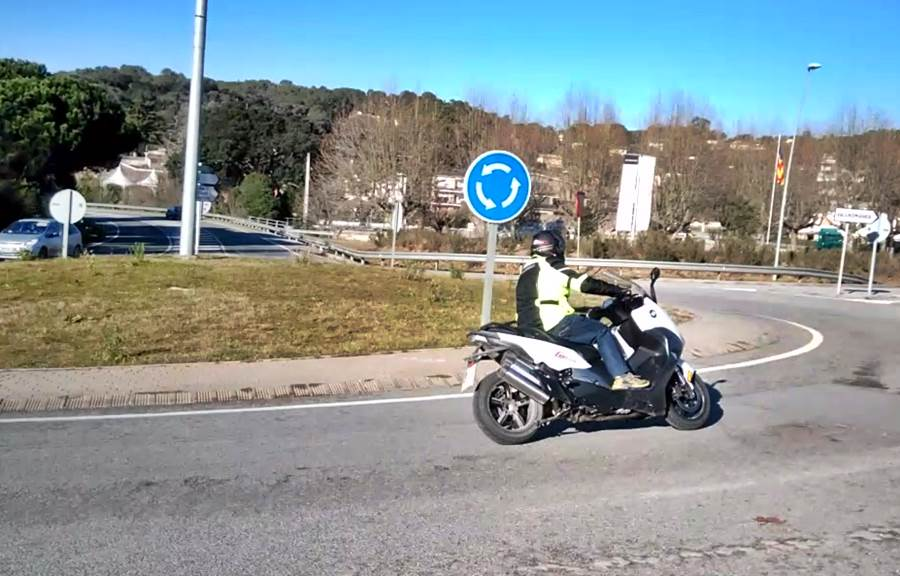 Bmw Scooter 02