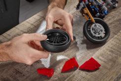 Ducati Panigale V4 R Lego Puzzle Copia 245×165 1