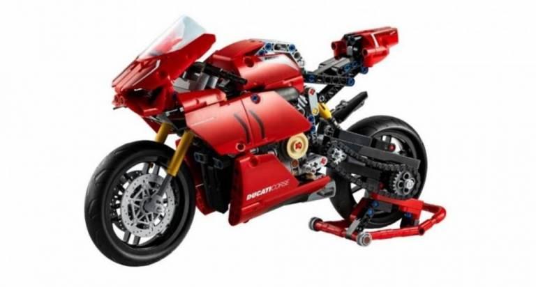 Ducati Panigalev4r Lego 2 768×412 1
