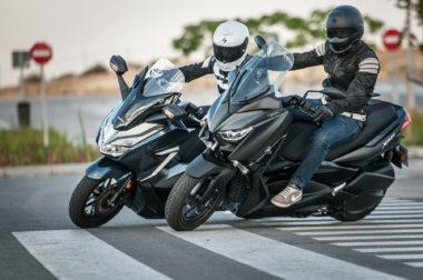 Yamaha-Xmax-300-Honda-Forza-300-2019-44-380×252-1