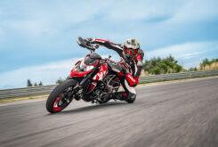 Ducati-Hypermotard-950-RVE-2021-13-245×165-1