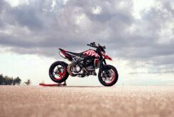 Ducati-Hypermotard-950-RVE-2021-16-245×165-1