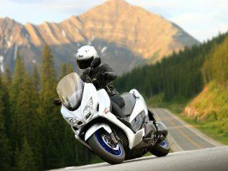 Suzuki renueva la icónica Burgman 400