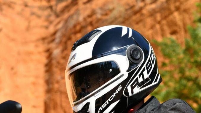 Astone renueva su casco integral Alias